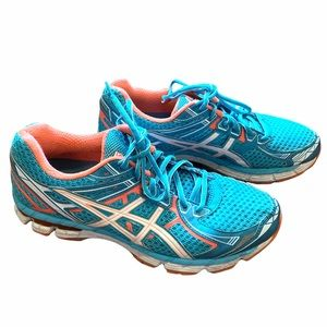 Women's ASICS GT 2000 Running Shoes
